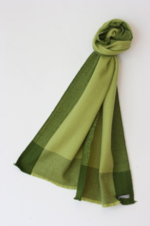 Luxurious, supersoft 4 ply woven men's scarf