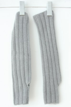 super soft cashmere chunky ribbed arm warmer with thumb hole